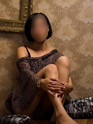 Leona - Escorts in Manchester