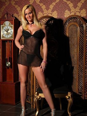 Lesley - Escorts in Manchester