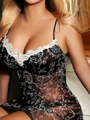 Anita - Escorts in Manchester